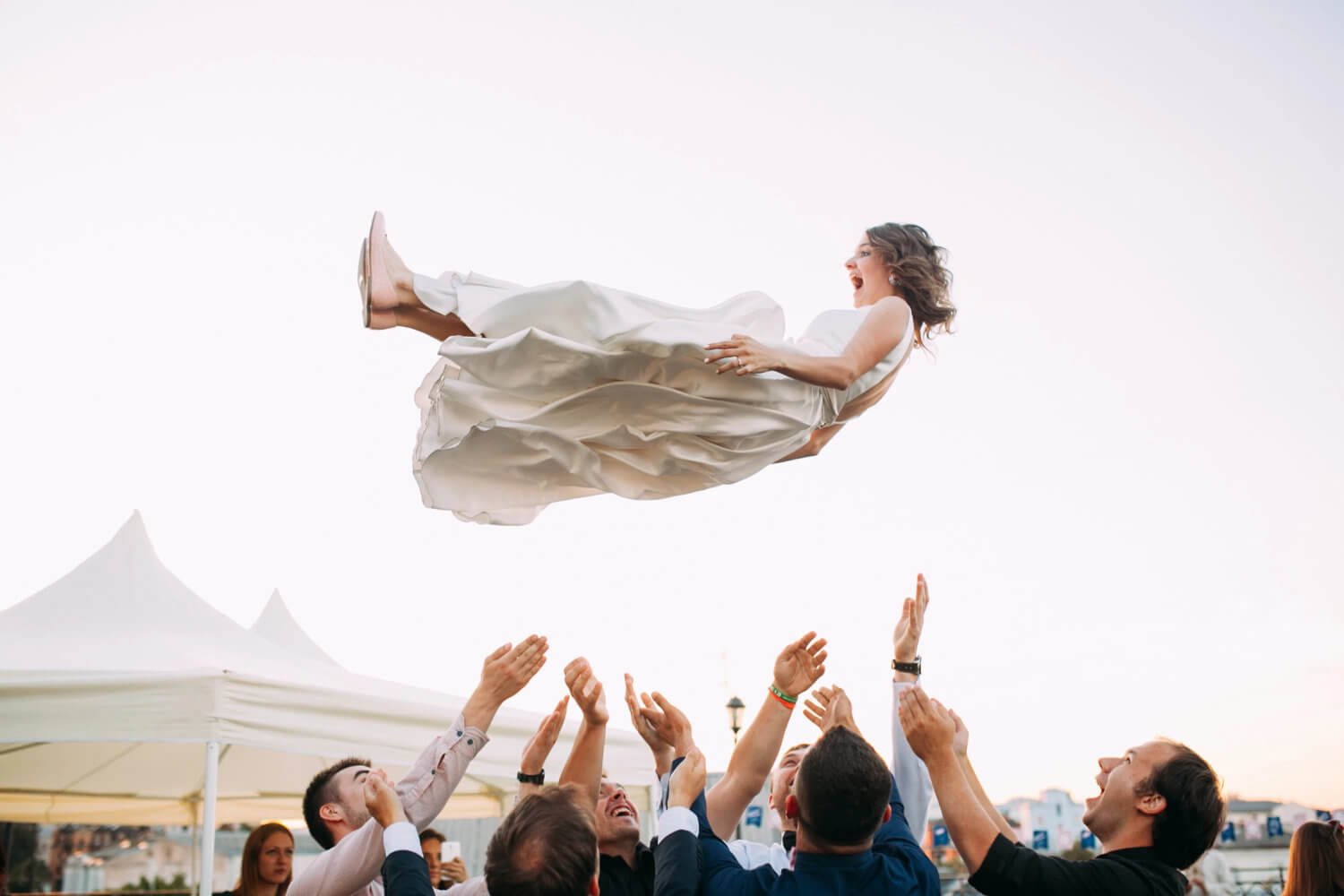 How to Choose the Perfect Wedding Date Best Wedding Planning Tips Warrior Rose Events 4