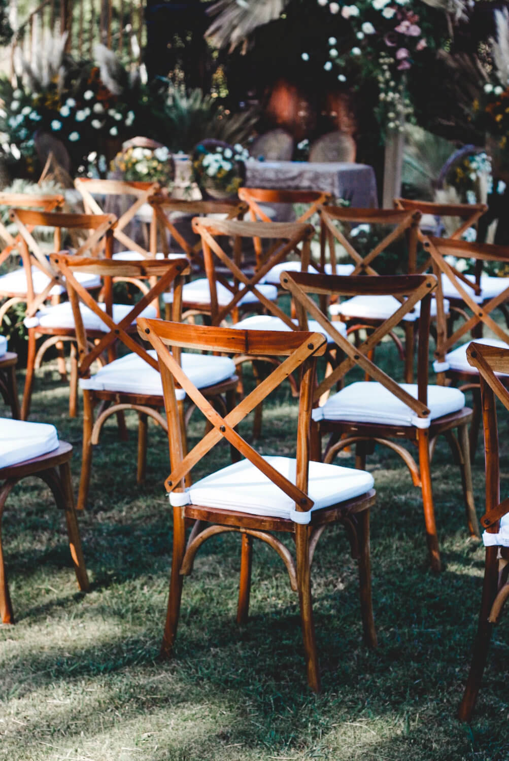How to Plan Your Backyard Wedding Planning Tips and Tricks Warrior Rose Events 3