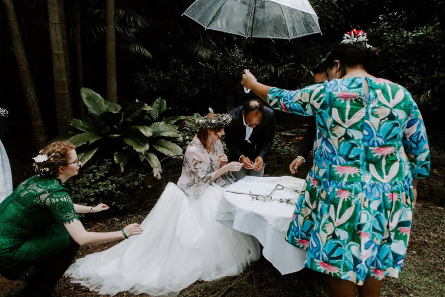 Why You Need a Wedding Planner On the Day Coordinator Toowoomba Warrior Rose Events Wood and Willow Photography 2