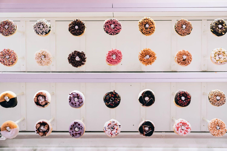 Doughnut-Wall-Wedding